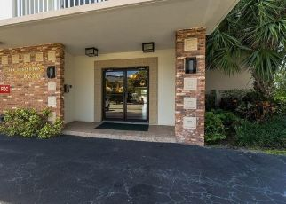 Foreclosed Home in Miami Beach 33154 W BAY HARBOR DR - Property ID: 4411810781