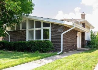 Foreclosed Home in Dolton 60419 GRANT ST - Property ID: 4411909760