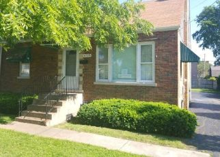 Foreclosed Home in Tinley Park 60477 175TH ST - Property ID: 4411911506