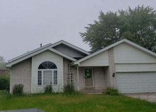 Foreclosed Home in Richton Park 60471 ARQUILLA DR - Property ID: 4411923778