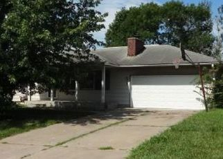 Foreclosed Home in Topeka 66618 NW COURTLAND DR - Property ID: 4411938214