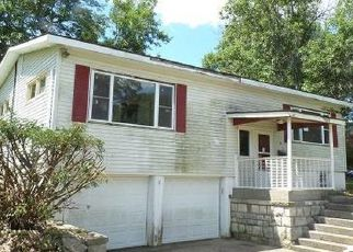 Foreclosed Home in Paola 66071 OVERHILL DR - Property ID: 4411947869