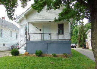 Foreclosed Home in Louisville 40214 W TENNY AVE - Property ID: 4411948738