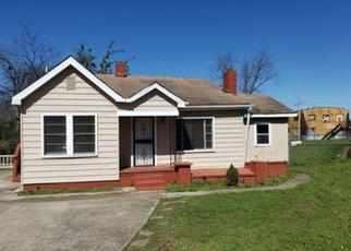 Foreclosed Home in Birmingham 35221 ELLIS AVE SW - Property ID: 4411950481