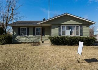 Foreclosed Home in Rolling Meadows 60008 LINDEN LN - Property ID: 4411987270