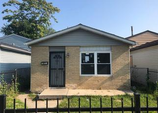 Foreclosed Home in Chicago 60619 E 72ND PL - Property ID: 4412032834