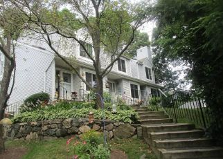 Foreclosed Home in Danbury 06811 E PEMBROKE RD - Property ID: 4412074432