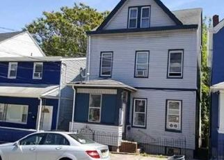 Foreclosed Home in Haledon 07508 N 6TH ST - Property ID: 4412084507