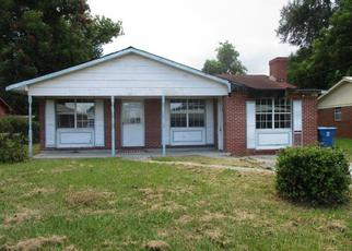 Foreclosed Home in Brunswick 31520 BARTOW ST - Property ID: 4412088452