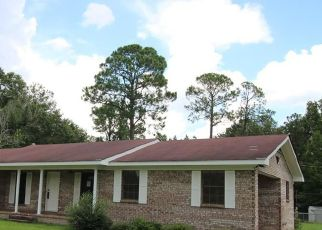 Foreclosed Home in Baxley 31513 BLACKSHEAR HWY - Property ID: 4412095455