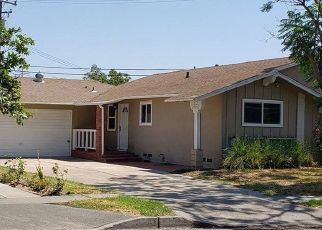 Foreclosed Home in Santa Ana 92704 W HALL AVE - Property ID: 4412180870