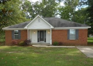 Foreclosed Home in Bay Minette 36507 NEWPORT PKWY - Property ID: 4412268908