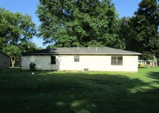 Foreclosed Home in Huntsville 35810 BELGRADE DR NW - Property ID: 4412286856