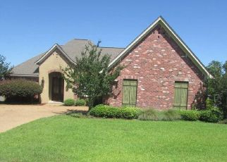 Foreclosed Home in Brandon 39047 TURTLE LN - Property ID: 4412296934