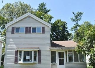 Foreclosed Home in Syracuse 13208 BEAR ST - Property ID: 4412317960