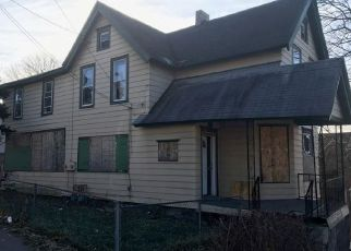 Foreclosed Home in Syracuse 13208 JOHN ST - Property ID: 4412320125