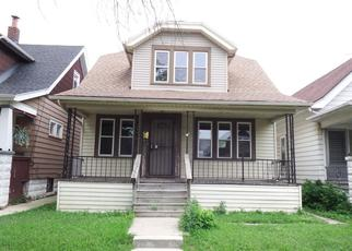 Foreclosed Home in Milwaukee 53215 S 34TH ST - Property ID: 4412325387