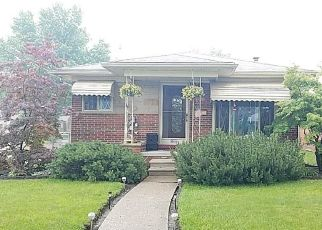 Foreclosed Home in Dearborn Heights 48125 LINCOLN BLVD - Property ID: 4412332398