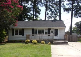 Foreclosed Home in Newport News 23601 TYLER AVE - Property ID: 4412352998