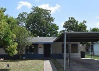 Foreclosed Home in San Antonio 78237 HATTON ST - Property ID: 4412375766