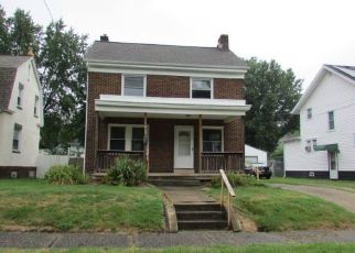 Foreclosed Home in Akron 44305 HAMPTON RD - Property ID: 4412416934