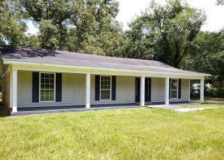Foreclosed Home in Wilmer 36587 OLD MOFFAT RD - Property ID: 4412509340