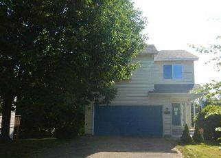 Foreclosed Home in South Saint Paul 55075 12TH AVE N - Property ID: 4412557969