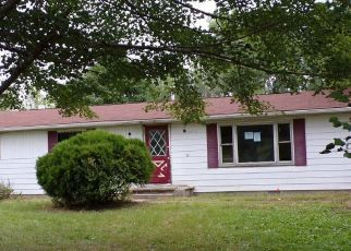 Foreclosed Home in Mount Pleasant 48858 E BASELINE RD - Property ID: 4412586873