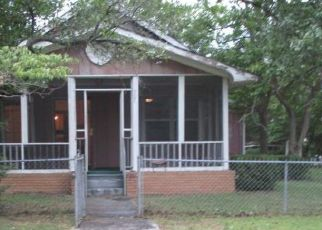Foreclosed Home in Fitzgerald 31750 N THOMAS ST - Property ID: 4412697222