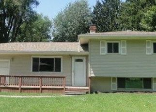 Foreclosed Home in Flint 48504 WOODHAVEN DR - Property ID: 4412705106