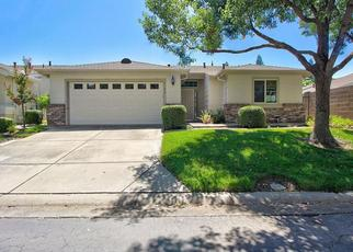 Foreclosed Home in Sacramento 95828 SUNSWEET LN - Property ID: 4412731389