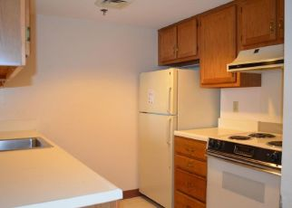 Foreclosed Home in Arlington 22203 N TAYLOR ST - Property ID: 4412796659