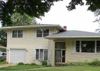 Foreclosed Home in Rockford 61108 TENNESSEE DR - Property ID: 4412818998
