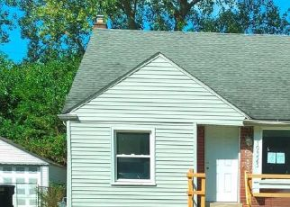 Foreclosed Home in Detroit 48219 SUNDERLAND RD - Property ID: 4412840451