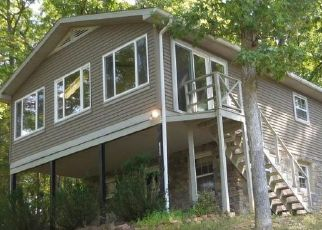 Foreclosed Home in Cross Junction 22625 LAKEVIEW DR - Property ID: 4412913591