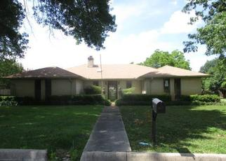 Foreclosed Home in Paris 75462 BRANDYN PL - Property ID: 4412921923