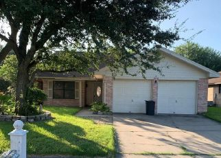Foreclosed Home in Port Lavaca 77979 PECANWOOD PL - Property ID: 4412974468