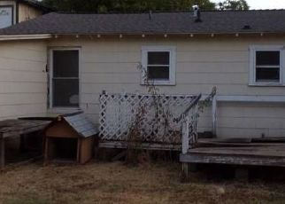 Foreclosed Home in Coleman 76834 E 5TH ST - Property ID: 4412977983