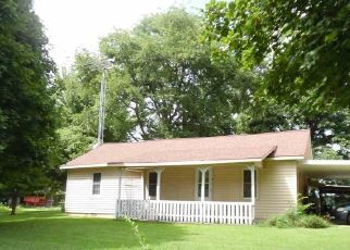 Foreclosed Home in Union City 38261 TAYLOR BROS RD - Property ID: 4412993746