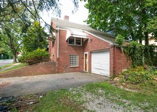 Foreclosed Home in Maplewood 07040 PARKER AVE - Property ID: 4413002498