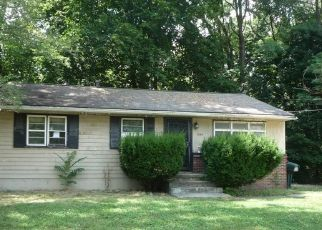 Foreclosed Home in Akron 44307 PONTIAC AVE - Property ID: 4413034471