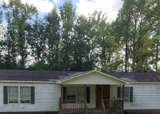 Foreclosed Home in Jeffersonville 31044 EVERETTE CIR - Property ID: 4413079132