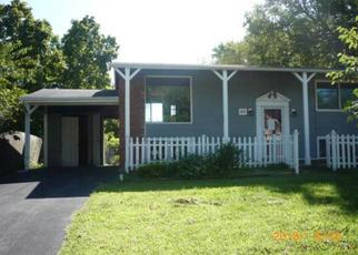 Foreclosed Home in Saint Charles 63304 CAULKS HILL RD - Property ID: 4413144404