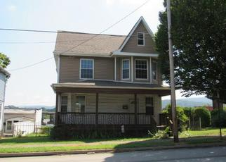 Foreclosed Home in Connellsville 15425 S 8TH ST - Property ID: 4413198715