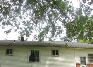 Foreclosed Home in Youngstown 44511 SIERRA DR - Property ID: 4413326605