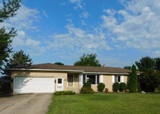 Foreclosed Home in Strongsville 44136 LITTO DR - Property ID: 4413336228