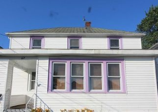 Foreclosed Home in Buffalo 14207 CHADDUCK AVE - Property ID: 4413378275