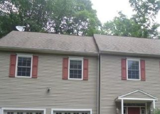 Foreclosed Home in New Fairfield 06812 SHORTWOODS RD - Property ID: 4413401492
