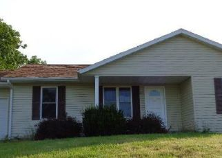 Foreclosed Home in Huntsville 65259 PRIVATE ROAD 2216 - Property ID: 4413478580
