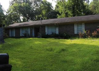 Foreclosed Home in Vicksburg 39180 MOONMIST DR - Property ID: 4413488199